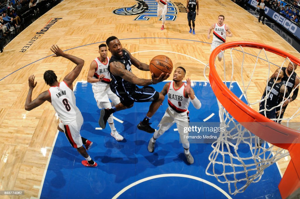 Jonathon Simmons #17 of the Orlando Magic shoots the ball against the Portland Trail Blazers on December 15, 2017 at Amway Center in Orlando, Florida.