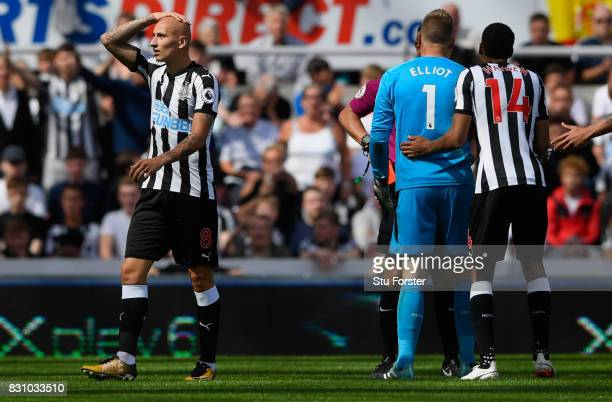 Jonjo Shelvey of Newcastle United is sent off after an incident with Dele Alli during the Premier League match between Newcastle United and Tottenham...
