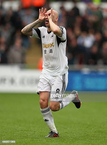 Jonjo Shelvey of Swansea City celebrates scoring their second goal during the Barclays Premier League match between Swansea City and Aston Villa at...