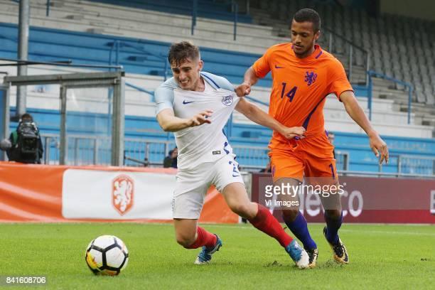Jonjoe Kenny of England U21 Richairo Zivkovic of Holland U21 during the EURO U21 2017 qualifying match between Netherlands U21 and England U21 at the...