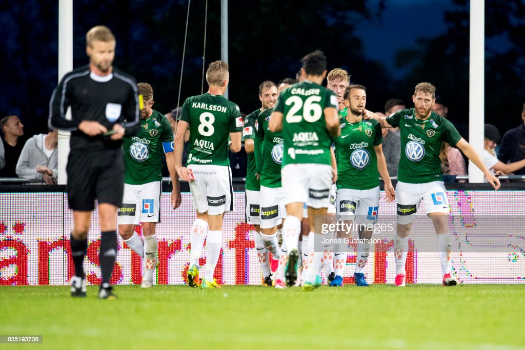 Jonkopings Sodra celebrates after scoring 2-2 during the Allsvenskan match between Jonkopings Sodra IF and IF Elfsborg at Stadsparksvallen on August 18, 2017 in Jonkoping, Sweden.