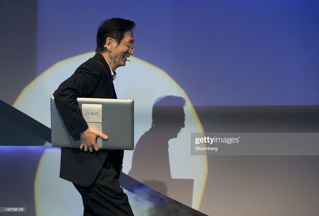 Jonney Shih, chairman of Asustek Computer Inc., walks onstage to present the new ASUS Transformer AiO at a news conference in Taipei, Taiwan, on Monday, June 4, 2012. Asustek today previewed a tablet using ARM Holdings Plc technology and running Microsoft Corp.'s Windows 8 operating system. Photographer: Ashley Pon/Bloomberg via Getty Images