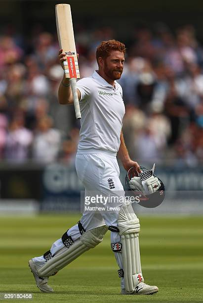Jonny Bairstow of England salutes the crowd after his innings of 167 runs during day two of the 3rd Investec Test match between England and Sri Lanka...