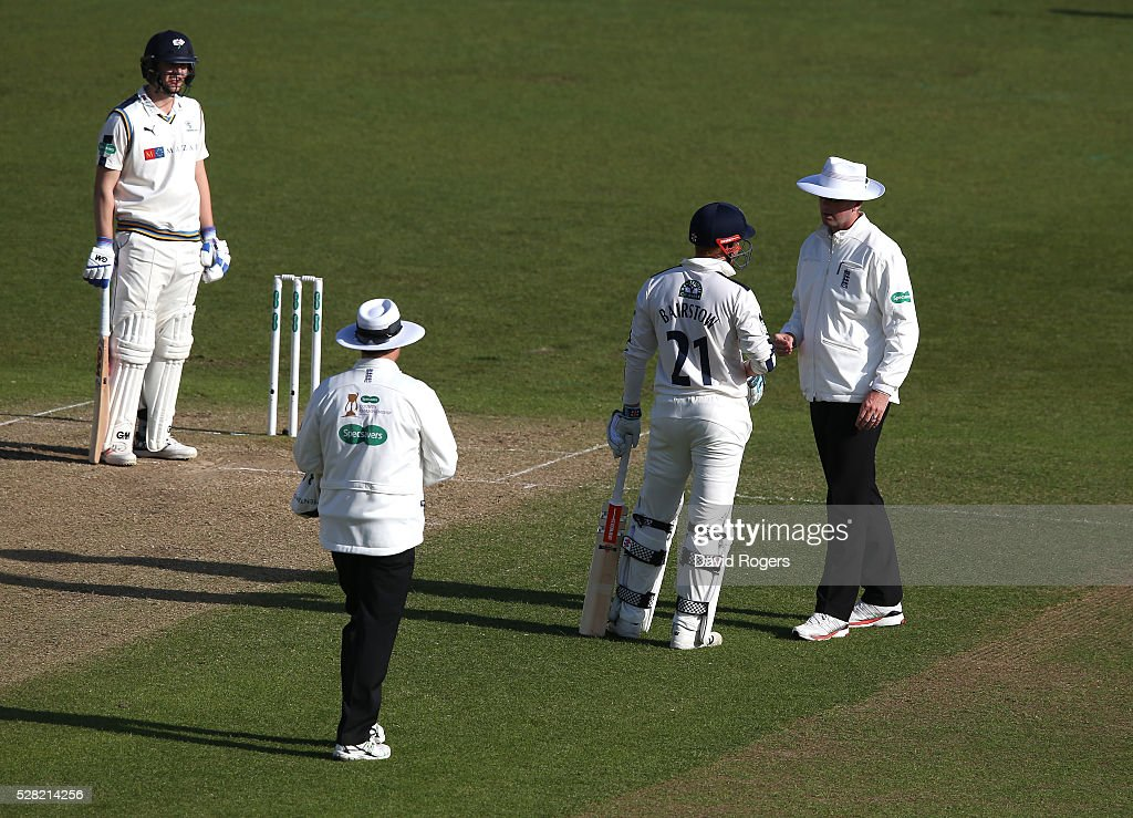 Jonny Bairstow of Yorkshire complains to the umpires about of series of wides, in his opinion, bowled by Stuart Broad during the Specsavers County Championship division one match between Nottinghamshire and Yorkshire at Trent Bridge on May 4, 2016 in Nottingham, England.