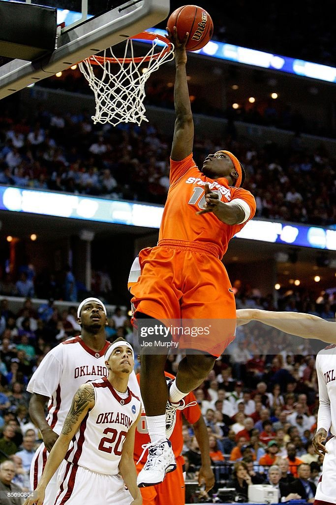 Jonny Flynn of the Syracuse Orange shoots the ball against the Oklahoma Sooners during the NCAA Men's Basketball Tournament South Regionals at the...