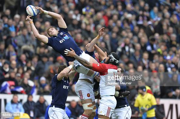 Jonny Gray of Scotland catches the ball during the RBS Six Nations match between France and Scotland at Stade de France on February 12 2017 in Paris...