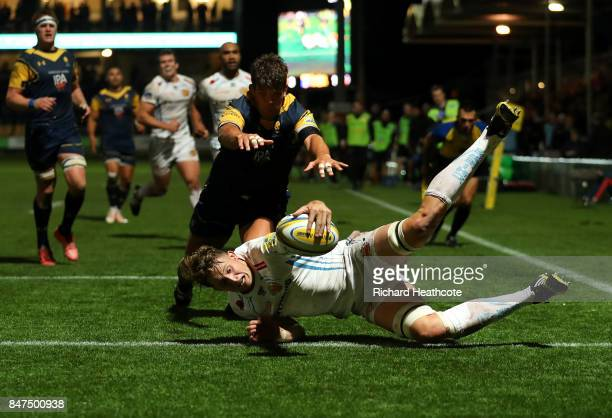 Jonny Hill of Exeter dives over to score a try during the Aviva Premiership match between Worcester Warriors and Exeter Chiefs at Sixways Stadium on...