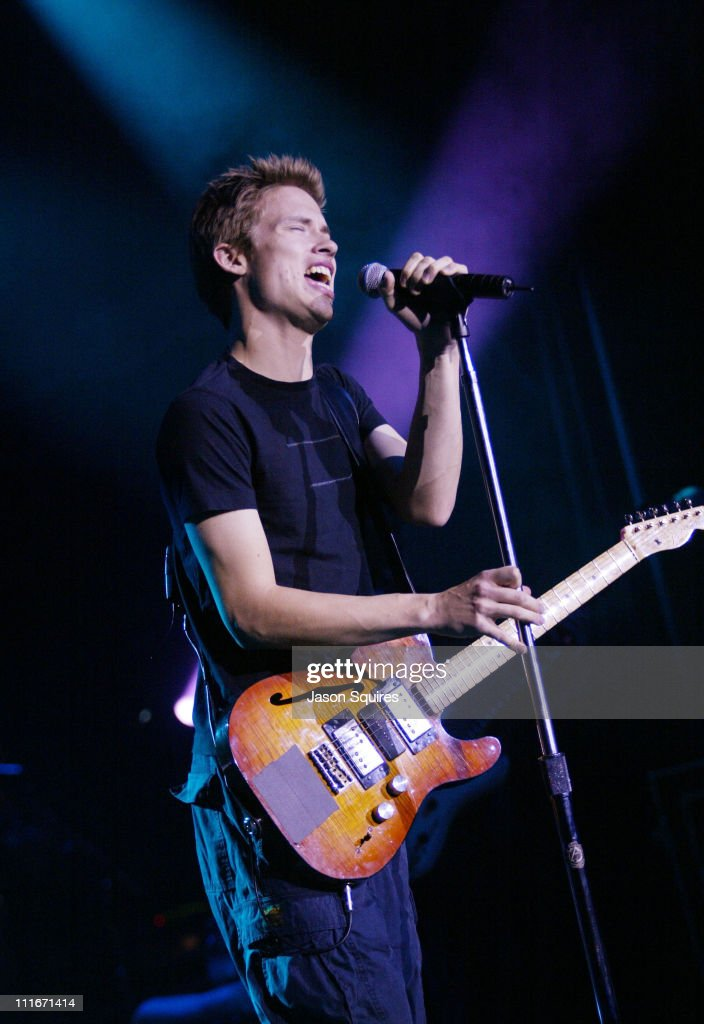 Jonny Lang Peforms Live in Kansas City