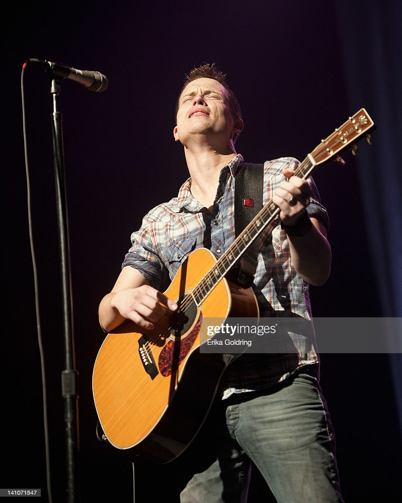 <a gi-track='captionPersonalityLinkClicked' href=/galleries/search?phrase=Jonny+Lang&family=editorial&specificpeople=1546637 ng-click='$event.stopPropagation()'>Jonny Lang</a> performs during the Experience Hendrix Tour at the Tennessee Performing Arts Center on March 9, 2012 in Nashville, Tennessee.