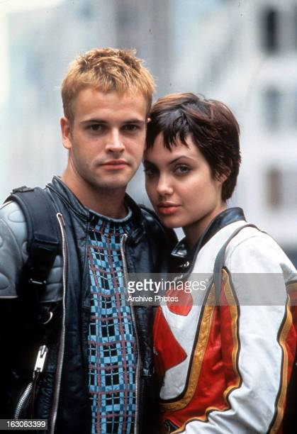 Jonny Lee Miller and Angelina Jolie in a scene from the film 'Hackers' 1995