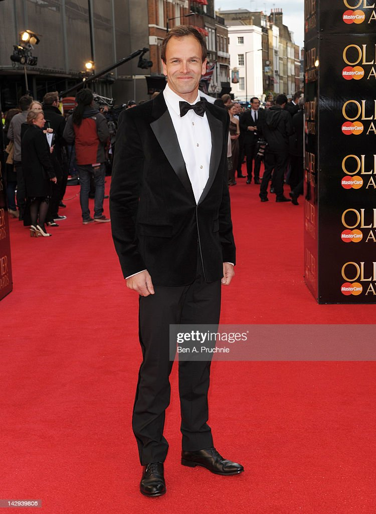 <a gi-track='captionPersonalityLinkClicked' href=/galleries/search?phrase=Jonny+Lee+Miller&family=editorial&specificpeople=633082 ng-click='$event.stopPropagation()'>Jonny Lee Miller</a> attends the 2012 Olivier Awards at The Royal Opera House on April 15, 2012 in London, England.