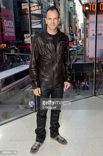 Jonny Lee Miller visits 'Extra' at their New York studios at HM in Times Square on October 10 2014 in New York City
