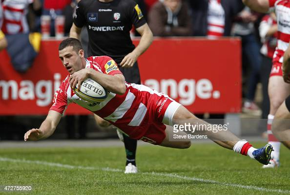 Jonny May of Gloucester dives over to score a try during the Aviva Premiership match between Gloucester Rugby and London Irish at Kingsholm Stadium...