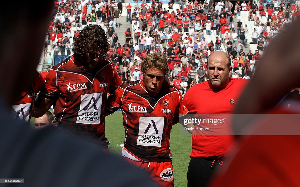 Jonny Wilkinson of Toulon looks dejected at the end of the match after his team are defeated in the Amlin Challenge Cup Final between Toulon and Cardiff Blues at Stade Velodrome on May 23, 2010 in Marseille, France.