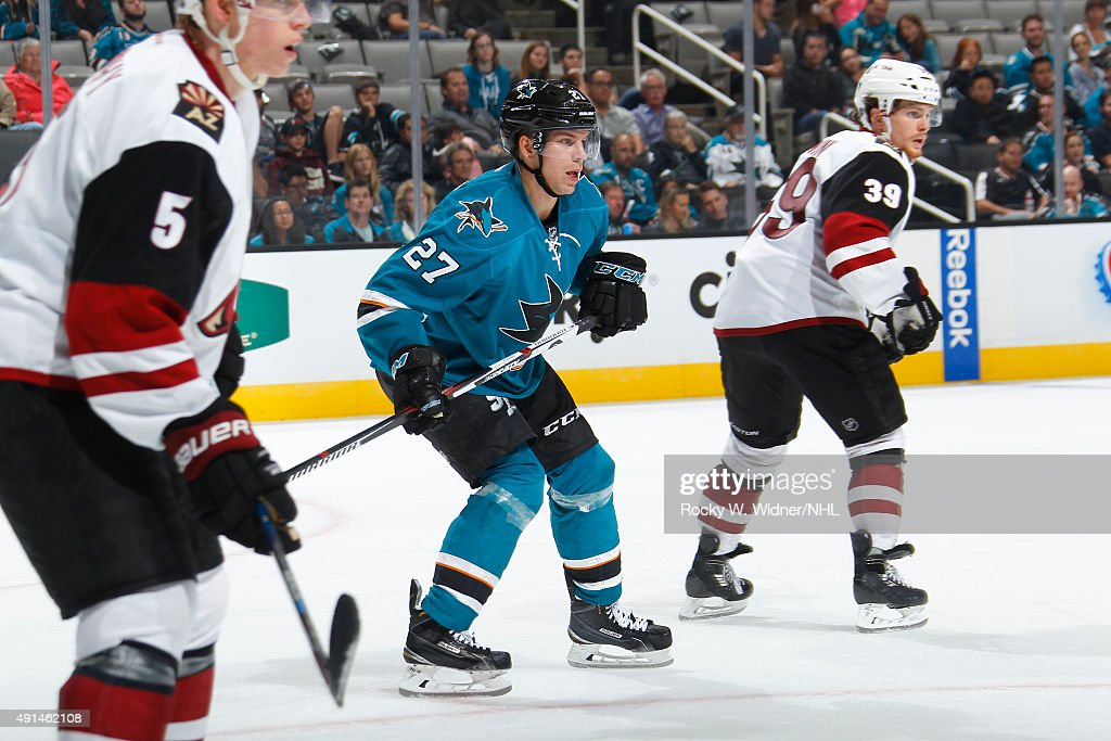 Joonas Donskoi #27 of the San Jose Sharks skates against the Arizona Coyotes at SAP Center on September 25, 2015 in San Jose, California.