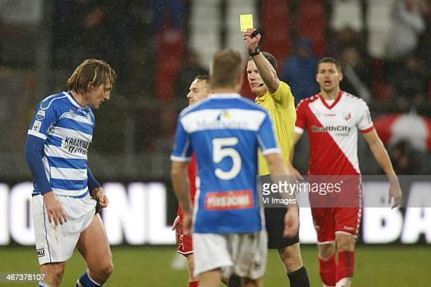 Joost Broerse of PEC Zwolle referee Jeroen Sanders during the Dutch Eredivisie match between FC Utrecht and PEC Zwolle at the Galgenwaard Stadium on...