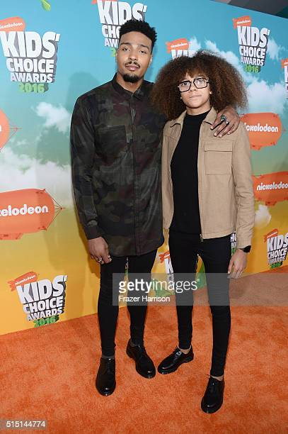 Jordan Banjo and Perri Kiely attend Nickelodeon's 2016 Kids' Choice Awards at The Forum on March 12 2016 in Inglewood California