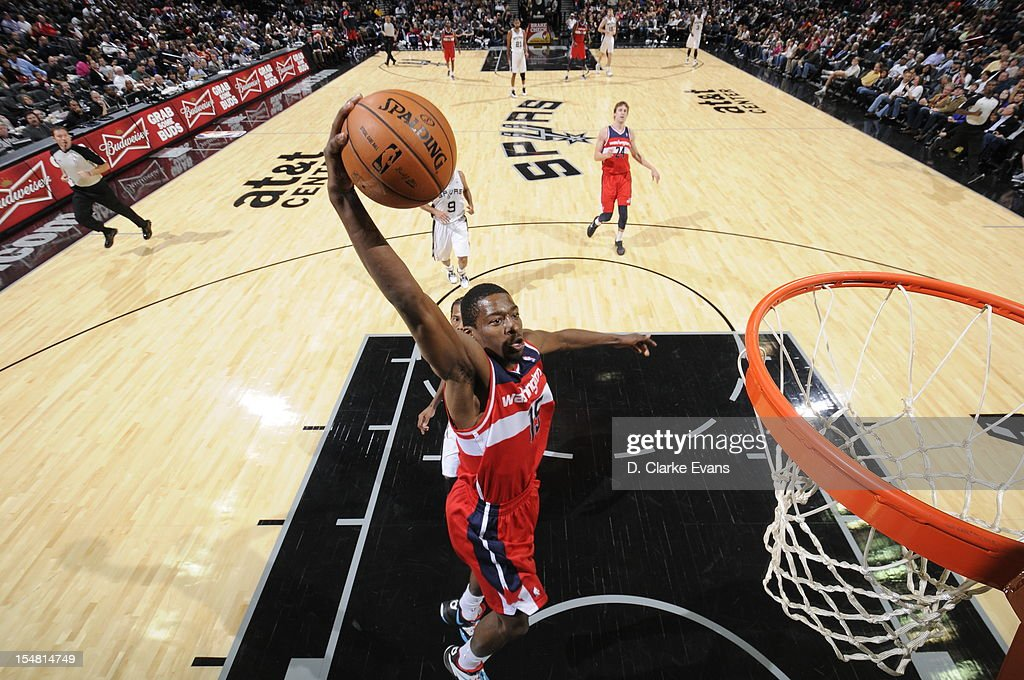 Jordan Crawford #15 of the Washington Wizards drives to the basket against the San Antonio Spurs on October 26, 2012 at the AT&T Center in San Antonio, Texas.