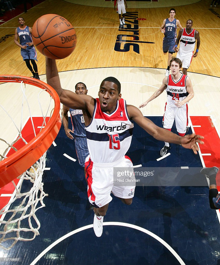 <a gi-track='captionPersonalityLinkClicked' href=/galleries/search?phrase=Jordan+Crawford&family=editorial&specificpeople=4779380 ng-click='$event.stopPropagation()'>Jordan Crawford</a> #15 of the Washington Wizards dunks against <a gi-track='captionPersonalityLinkClicked' href=/galleries/search?phrase=D.J.+White+-+Basketballspieler&family=editorial&specificpeople=2537103 ng-click='$event.stopPropagation()'>D.J. White</a> #8 of the Charlotte Bobcats during the game at the Verizon Center on January 25, 2012 in Washington, DC.