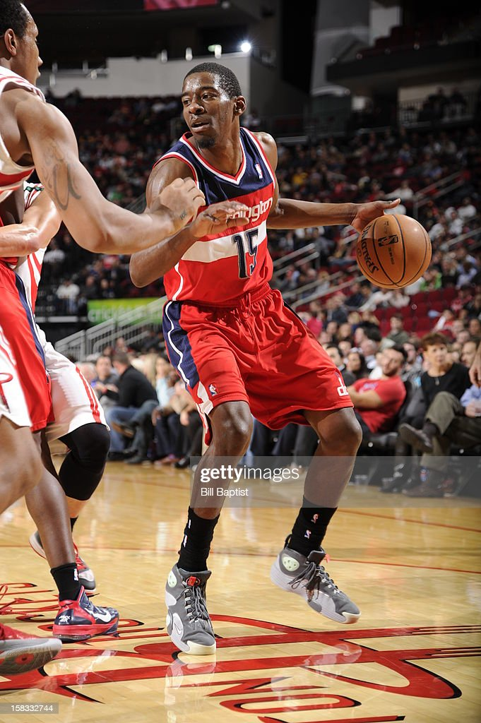 Jordan Crawford #15 of the Washington Wizards handles the ball against the Houston Rockets on December 12, 2012 at the Toyota Center in Houston, Texas.