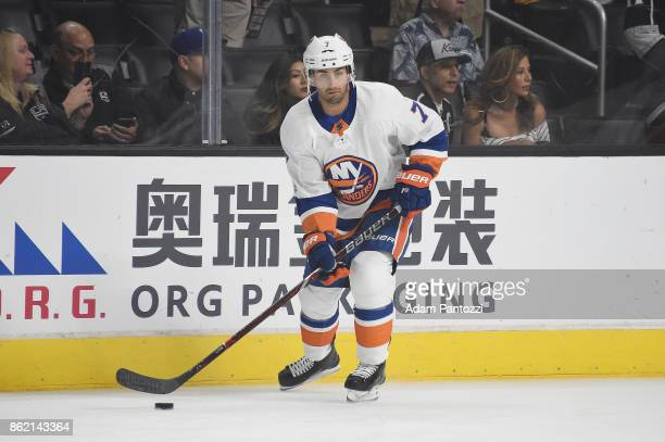 Jordan Eberle of the New York Islanders warms up before a game against the Los Angeles Kings at STAPLES Center on October 15 2017 in Los Angeles...