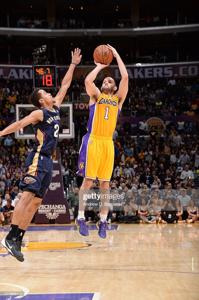 Jordan Farmar #1 of the Los Angeles Lakers takes a shot against the New Orleans Pelicans at Staples Center on March 4, 2014 in Los Angeles, California.