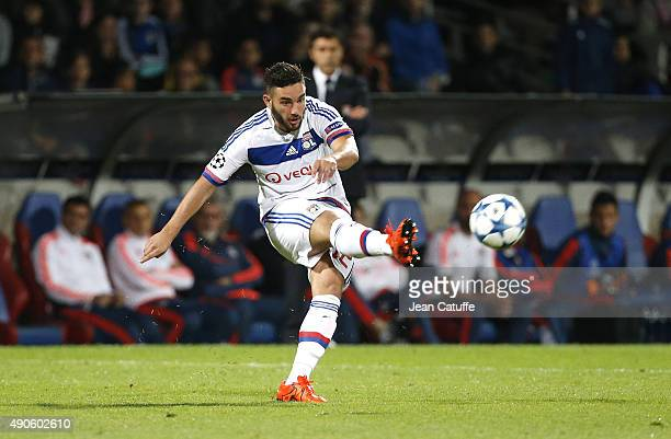 Jordan Ferri of Lyon in action during the UEFA Champions league match between Olympic Lyonnais and Valencia CF at Stade de Gerland on September 29...