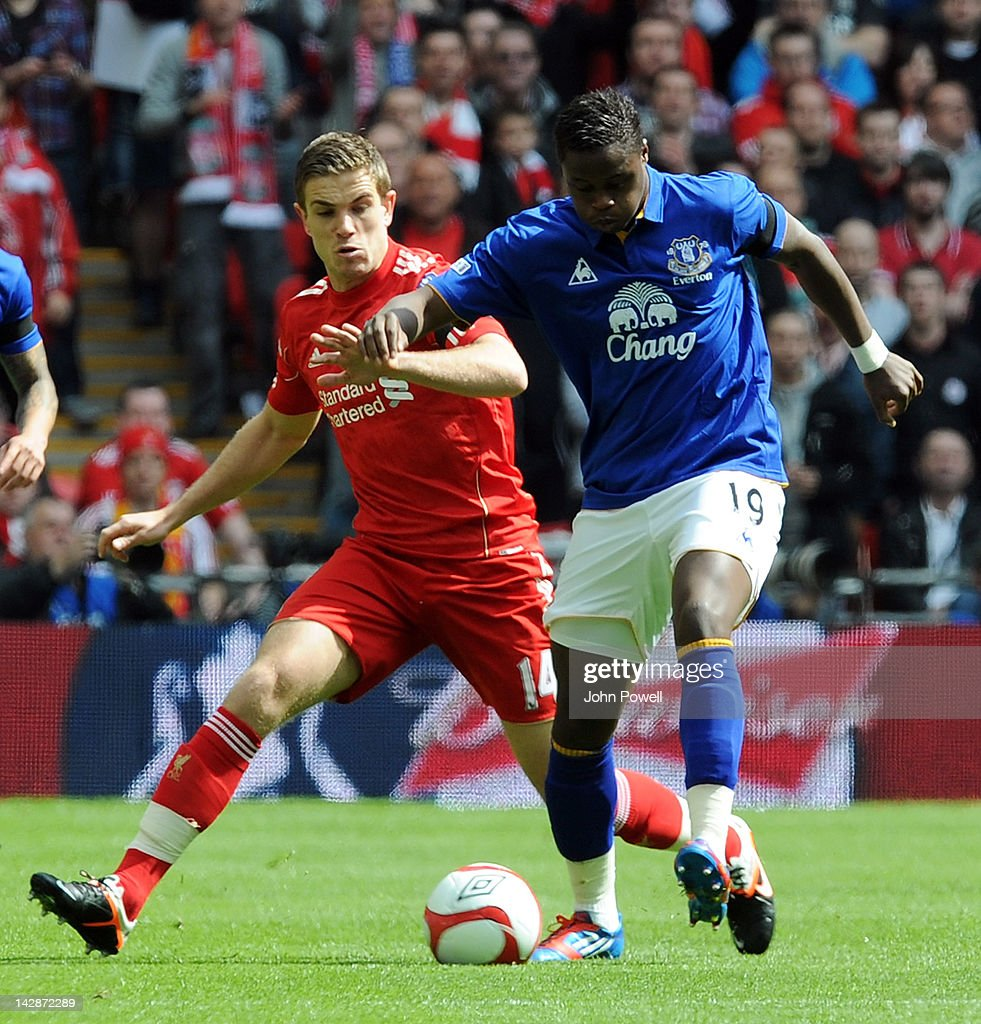 <a gi-track='captionPersonalityLinkClicked' href=/galleries/search?phrase=Jordan+Henderson+-+Soccer+Player&family=editorial&specificpeople=4940390 ng-click='$event.stopPropagation()'>Jordan Henderson</a> of Liverpool and <a gi-track='captionPersonalityLinkClicked' href=/galleries/search?phrase=Magaye+Gueye&family=editorial&specificpeople=7018117 ng-click='$event.stopPropagation()'>Magaye Gueye</a> of Everton compete during the FA Cup semi-final sponsored by Budweiser between Liverpool and Everton at Wembley Stadium on April 14, 2012 in London, England.