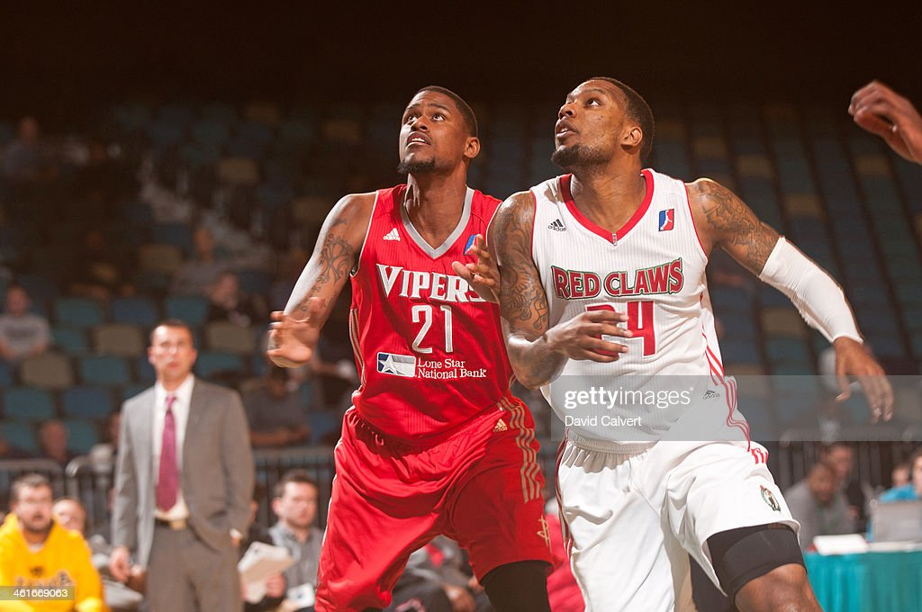 Jordan Henriquez #21 of the Rio Grande Valley Vipers and <a gi-track='captionPersonalityLinkClicked' href=/galleries/search?phrase=Romero+Osby&family=editorial&specificpeople=5757556 ng-click='$event.stopPropagation()'>Romero Osby</a> #24 of the Maine Red Claws fight for position during the 2014 NBA D-League Showcase on January 8, 2014 at the Reno Events Center in Reno, Nevada.