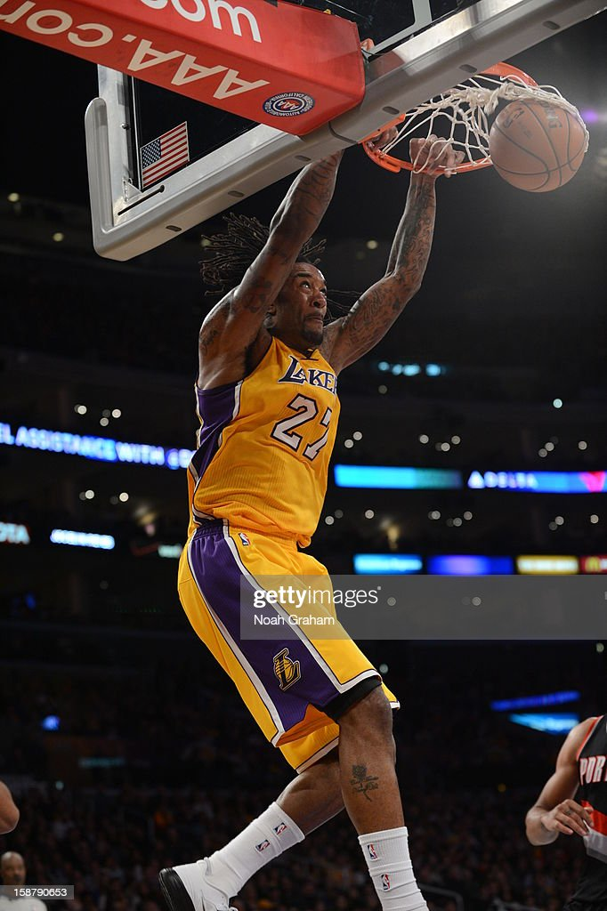<a gi-track='captionPersonalityLinkClicked' href=/galleries/search?phrase=Jordan+Hill+-+Joueur+de+basketball&family=editorial&specificpeople=13503530 ng-click='$event.stopPropagation()'>Jordan Hill</a> #27 of the Los Angeles Lakers dunks against the Portland Trail Blazers at Staples Center on December 28, 2012 in Los Angeles, California.