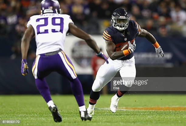Jordan Howard of the Chicago Bears carries the ball during the first half against the Minnesota Vikings at Soldier Field on October 31 2016 in...