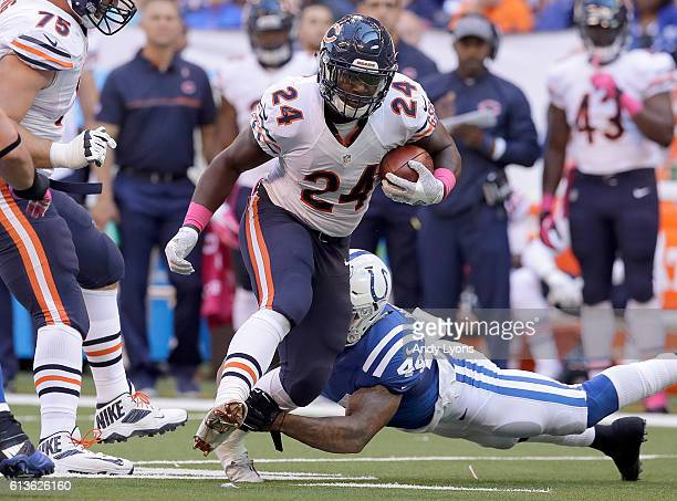 Jordan Howard of the Chicago Bulls runs with the ball during the game against Indianapolis at Lucas Oil Stadium on October 9 2016 in Indianapolis...