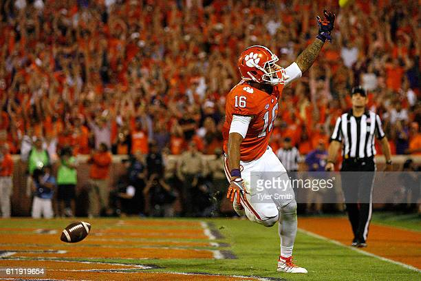 Jordan Leggett of the Clemson Tigers reacts after his fourth quarter goahead touchdown against the Louisville Cardinals at Memorial Stadium on...