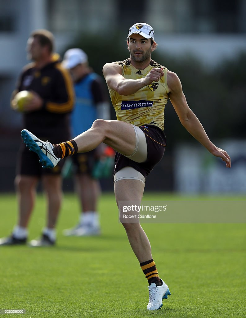 <a gi-track='captionPersonalityLinkClicked' href=/galleries/search?phrase=Jordan+Lewis&family=editorial&specificpeople=236095 ng-click='$event.stopPropagation()'>Jordan Lewis</a> of the Hawks kicks the ball during a Hawthorn Hawks AFL media session at Waverley Park on May 5, 2016 in Melbourne, Australia.