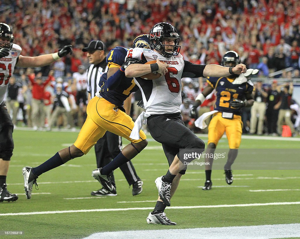 Jordan Lynch #6 of the Northern Illinois Huskies scores a second-half touchdown against the Kent State Golden Flashes during the Mid-American Conference Championship game at Ford Field on November 30, 2012 in Detroit, Michigan. Illinois won 44-37