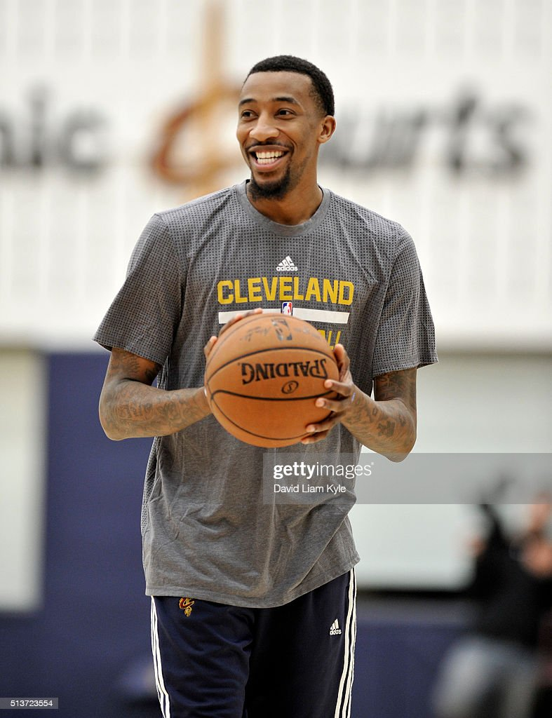 Jordan McRae of the Cleveland Cavaliers practices at The Cleveland Clinic Courts on March 3 2016 in Independence Ohio NOTE TO USER User expressly...