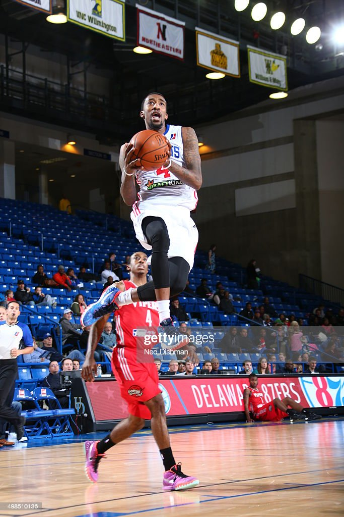 Jordan McRae of the Delaware 87ers shoots against Jaron Johnson of the Rio Grande Valley Vipers during the game on November 23 2015 at Bob Carpenter...