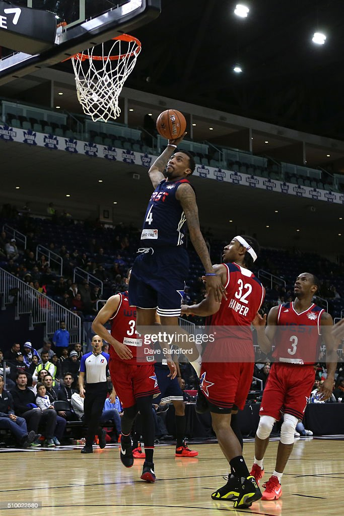 <a gi-track='captionPersonalityLinkClicked' href=/galleries/search?phrase=Jordan+McRae&family=editorial&specificpeople=7362664 ng-click='$event.stopPropagation()'>Jordan McRae</a> #4 of the East dunks the ball against the West during the NBA D-League All-Star Game 2016 presented by Kumho Tire as part of 2016 All-Star Weekend at the Ricoh Coliseum on February 13, 2016 in Toronto, Ontario, Canada.