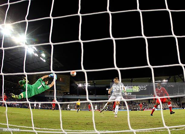 Jordan Morris of the USA scores a goal during the 1st minute of the 2015 CONCACAF Olympic Qualifying match against Canada at Sporting Park on October...