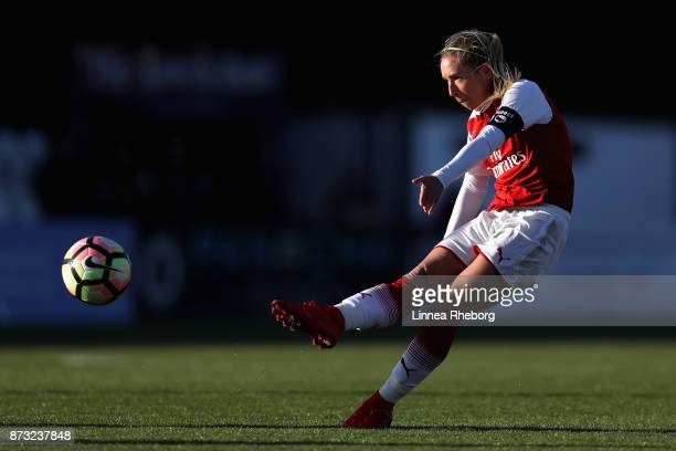 Jordan Nobbs of Arsenal in action during the Women's Super League 1 match between Arsenal and Sunderland AFC Ladies on November 12 2017 in...
