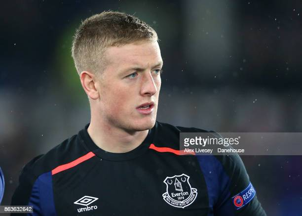 Jordan Pickford of Everton FC lines up prior to the UEFA Europa League group E match between Everton FC and Olympique Lyon at Goodison Park on...