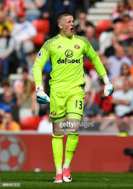 Jordan Pickford of Sunderland gives instructions during the Premier League match between Sunderland and Manchester United at Stadium of Light on...