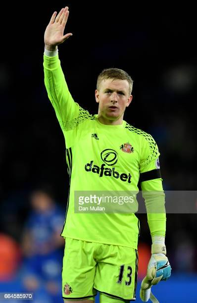 Jordan Pickford of Sunderland shows appreciation to the fans after the Premier League match between Leicester City and Sunderland at The King Power...