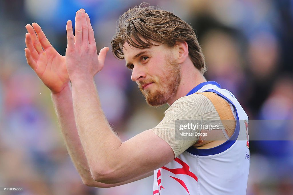 Jordan Roughead of the Bulldogs claps fans during the Western Bulldogs AFL media opportunity and training session at Whitten Oval on September 29, 2016 in Melbourne, Australia.