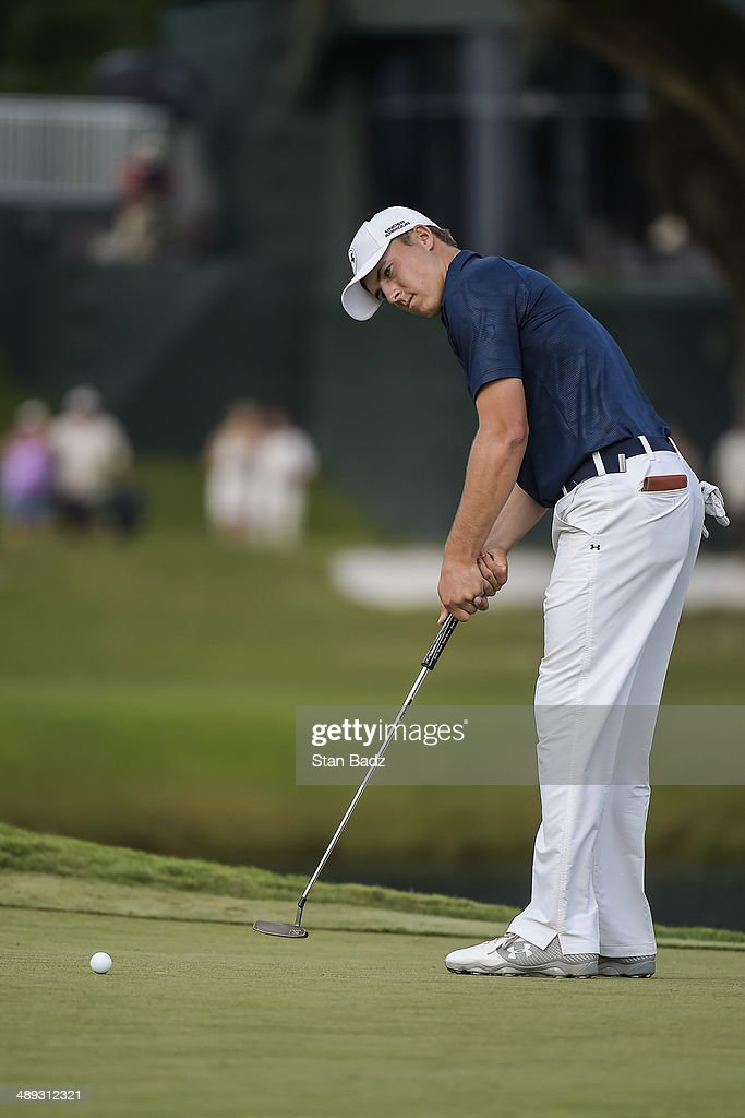 <a gi-track='captionPersonalityLinkClicked' href=/galleries/search?phrase=Jordan+Spieth&family=editorial&specificpeople=5440480 ng-click='$event.stopPropagation()'>Jordan Spieth</a> attempts a birdie putt on the 17th hole island green during the third round of THE PLAYERS Championship on THE PLAYERS Stadium Course at TPC Sawgrass on May 10, 2014 in Ponte Vedra Beach, Florida.