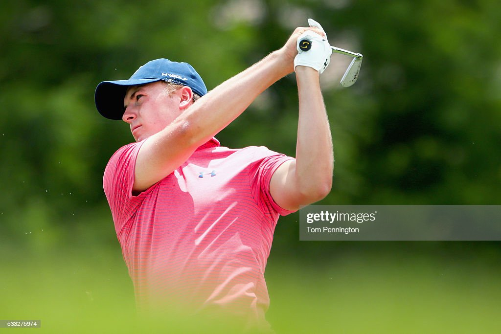 Jordan Spieth hits a shot on the third hole during Round Three at the AT&T Byron Nelson on May 21, 2016 in Irving, Texas.