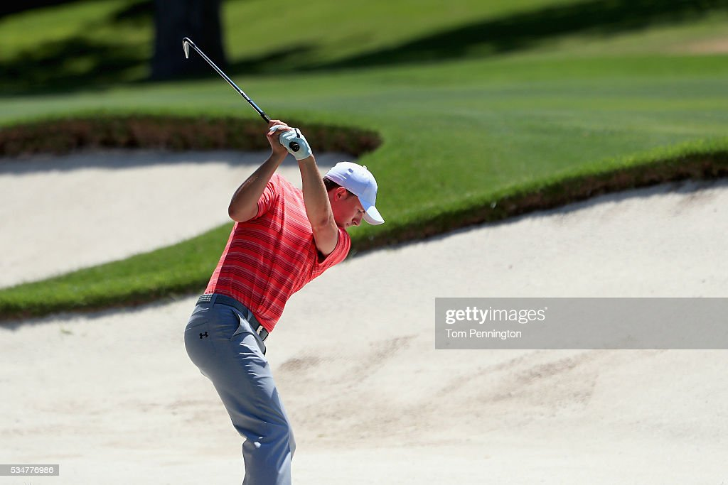 <a gi-track='captionPersonalityLinkClicked' href=/galleries/search?phrase=Jordan+Spieth&family=editorial&specificpeople=5440480 ng-click='$event.stopPropagation()'>Jordan Spieth</a> hits a shot out of the sand on the 14th hole during the Second Round of the DEAN & DELUCA Invitational at Colonial Country Club on May 27, 2016 in Fort Worth, Texas.