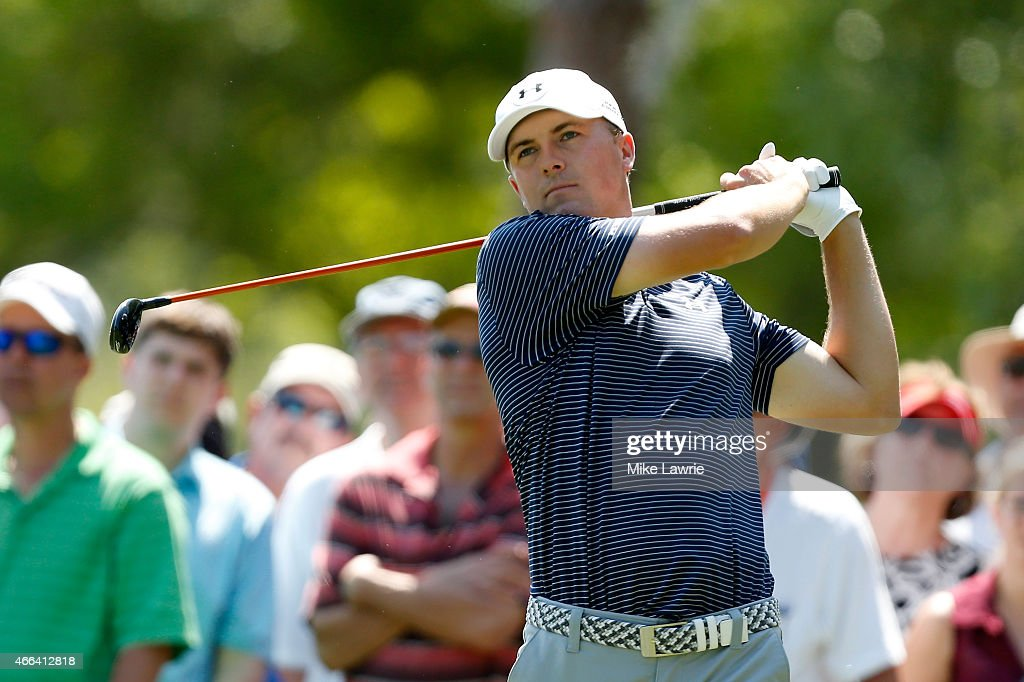 Jordan Spieth hits off the second tee during the final round of the Valspar Championship at Innisbrook Resort Copperhead Course on March 15, 2015 in Palm Harbor, Florida.