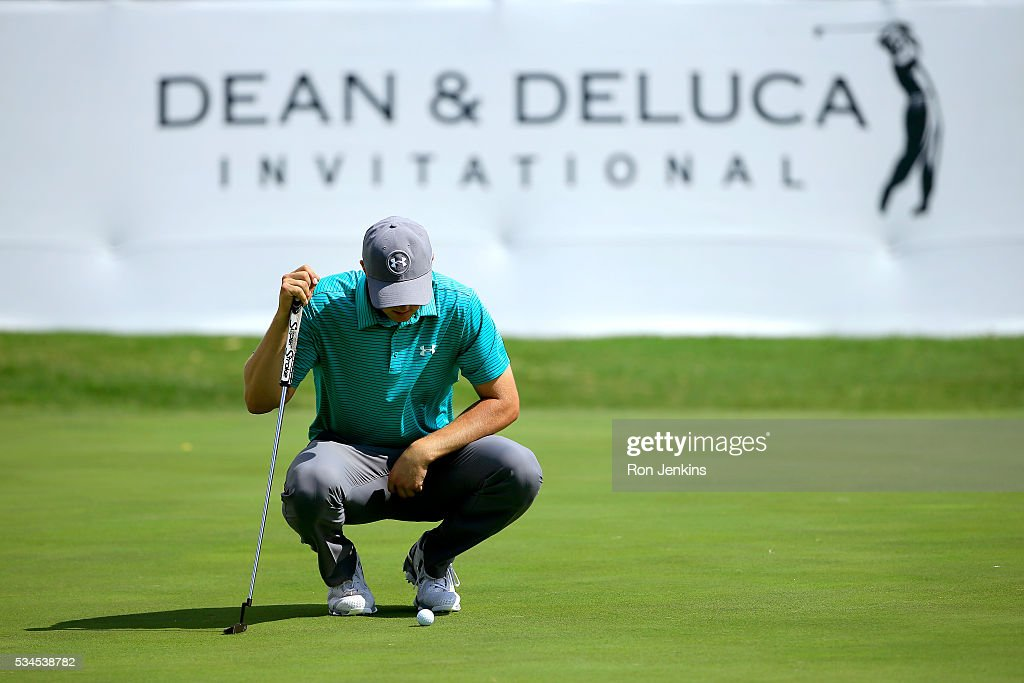 <a gi-track='captionPersonalityLinkClicked' href=/galleries/search?phrase=Jordan+Spieth&family=editorial&specificpeople=5440480 ng-click='$event.stopPropagation()'>Jordan Spieth</a> lines up a birdie putt on the ninth green during the First Round of the DEAN & DELUCA Invitational at Colonial Country Club on May 26, 2016 in Fort Worth, Texas.