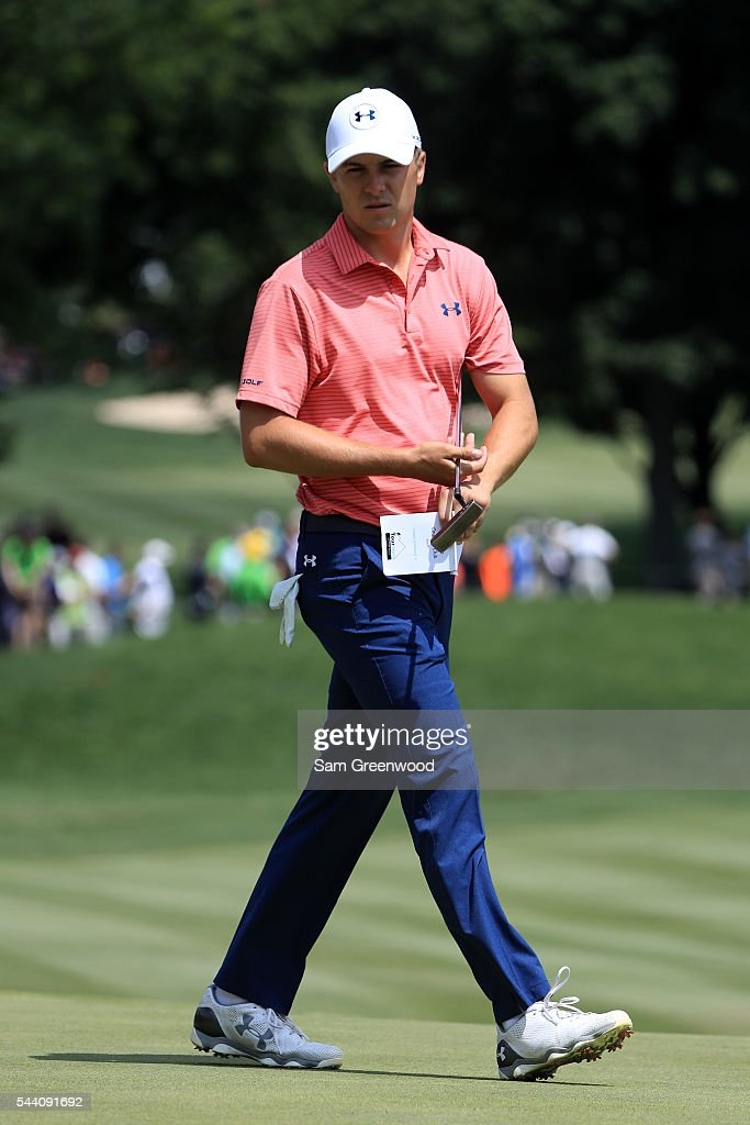 <a gi-track='captionPersonalityLinkClicked' href=/galleries/search?phrase=Jordan+Spieth&family=editorial&specificpeople=5440480 ng-click='$event.stopPropagation()'>Jordan Spieth</a> lines up a putt on the first green during the second round of the World Golf Championships - Bridgestone Invitational at Firestone Country Club South Course on July 1, 2016 in Akron, Ohio.